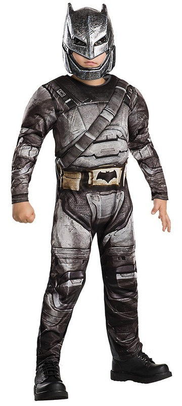 DC Comics: Armoured Batman - Deluxe Costume (Size 9-10)