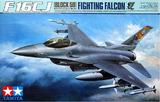 Tamiya U.S. F-16CJ Block 50 Fighting Falcon 1/32 Model Kit
