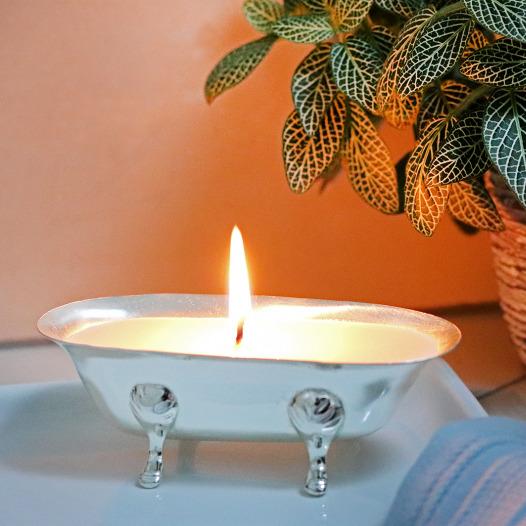 Old Mill Road Bathtub Candle