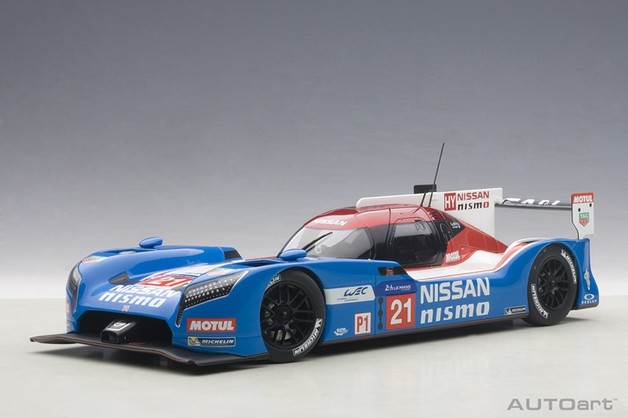 Autoart: 1/18 Nissan GT-R LM Nismo Lemans (2015 Matsuda/Shulzhitskiy/Ordonez #21) - Diecast Model