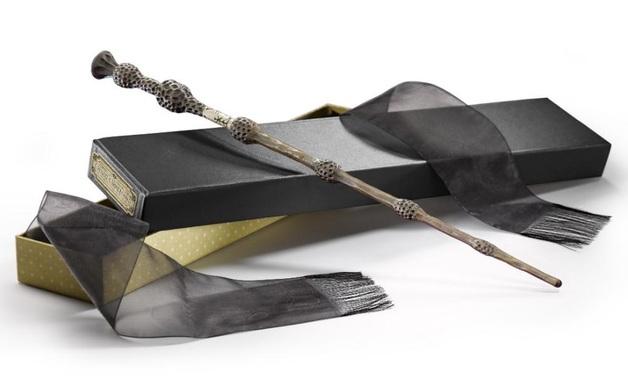 Fantastic Beasts: Premium Replica Wand - Gellert Grindelwald