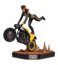 """Gotham City Garage: Batgirl - 11.5"""" Collectors Statue"""