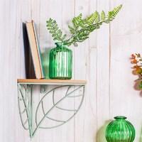 Sass & Belle: Wire Leaf Corner Shelf