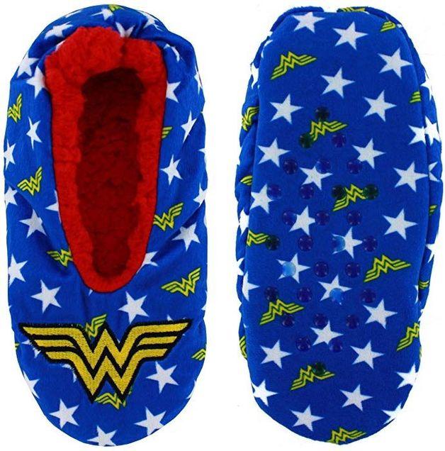 DC Comics: Wonder Woman - Cozy Slippers (S/M)