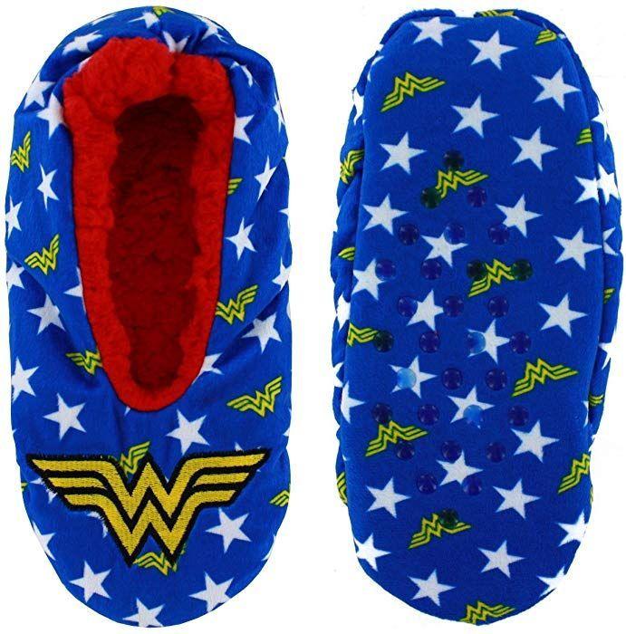 DC Comics: Wonder Woman - Cozy Slippers (S/M) image
