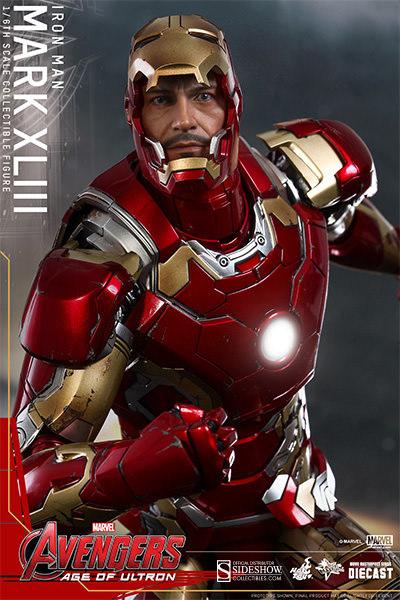 "Marvel The Avengers - Iron Man Mark XLIII 12"" Action Figure"