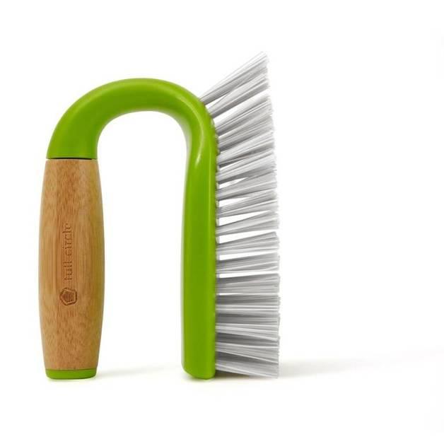 Full Circle: Tough Stuff – Scrub Brush