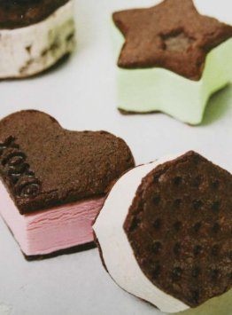 Tovolo Classic Icon Ice Cream Sandwich Molds image