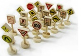 Fun Factory: Traffic Signs 21 Pieces