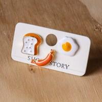 Short Story: Funky Play Earrings - Breakfast