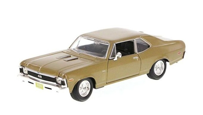 Maisto Special Edition: 1:24 Die-cast Vehicle - Chevrolet Nova SS (1970) image