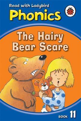 The Hairy Bear Scare by Mr. Clive Gifford