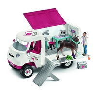 Schleich: Mobile Vet Playset with Hanoverian Foal