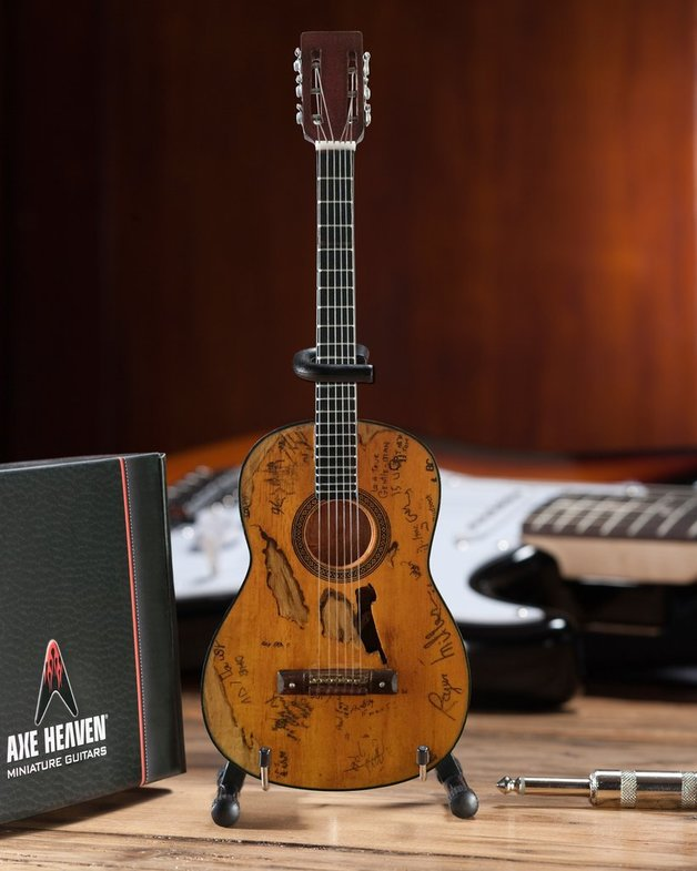 "Axe Heaven: Miniature Replica - ""Trigger"" Acoustic Guitar (Willie Nelson)"