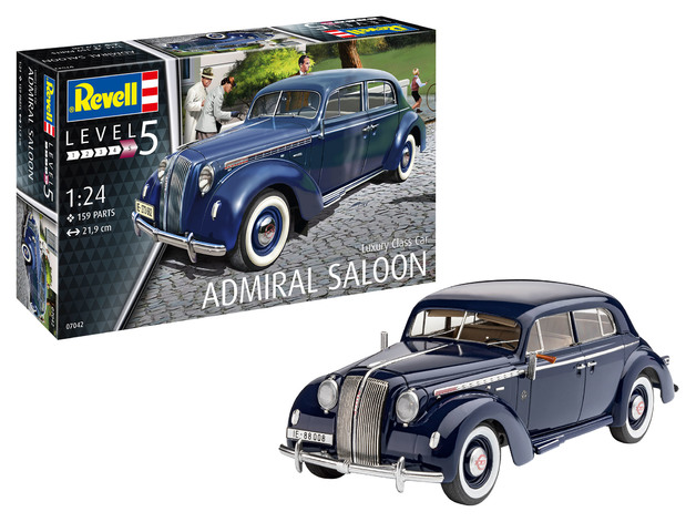 Revell: Luxury Class - Admiral Saloon - 1:24 Scale Model Kit