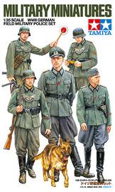 Tamiya WWII German Field Military Police Figure Set 1:35 Model Kit