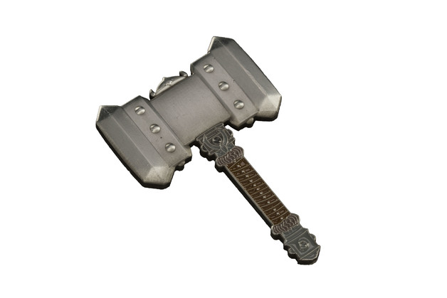 Warcraft Orgrim's Doomhammer Pin