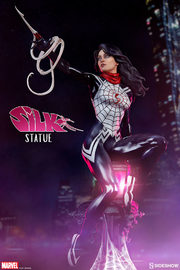 "Marvel: 15.5"" Silk - Artist Series Statue"