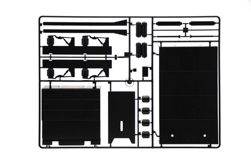Italeri 1/24 Racing Trailer - Scale Model Kit image