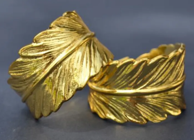 Feather Napkin Ring (Gold)