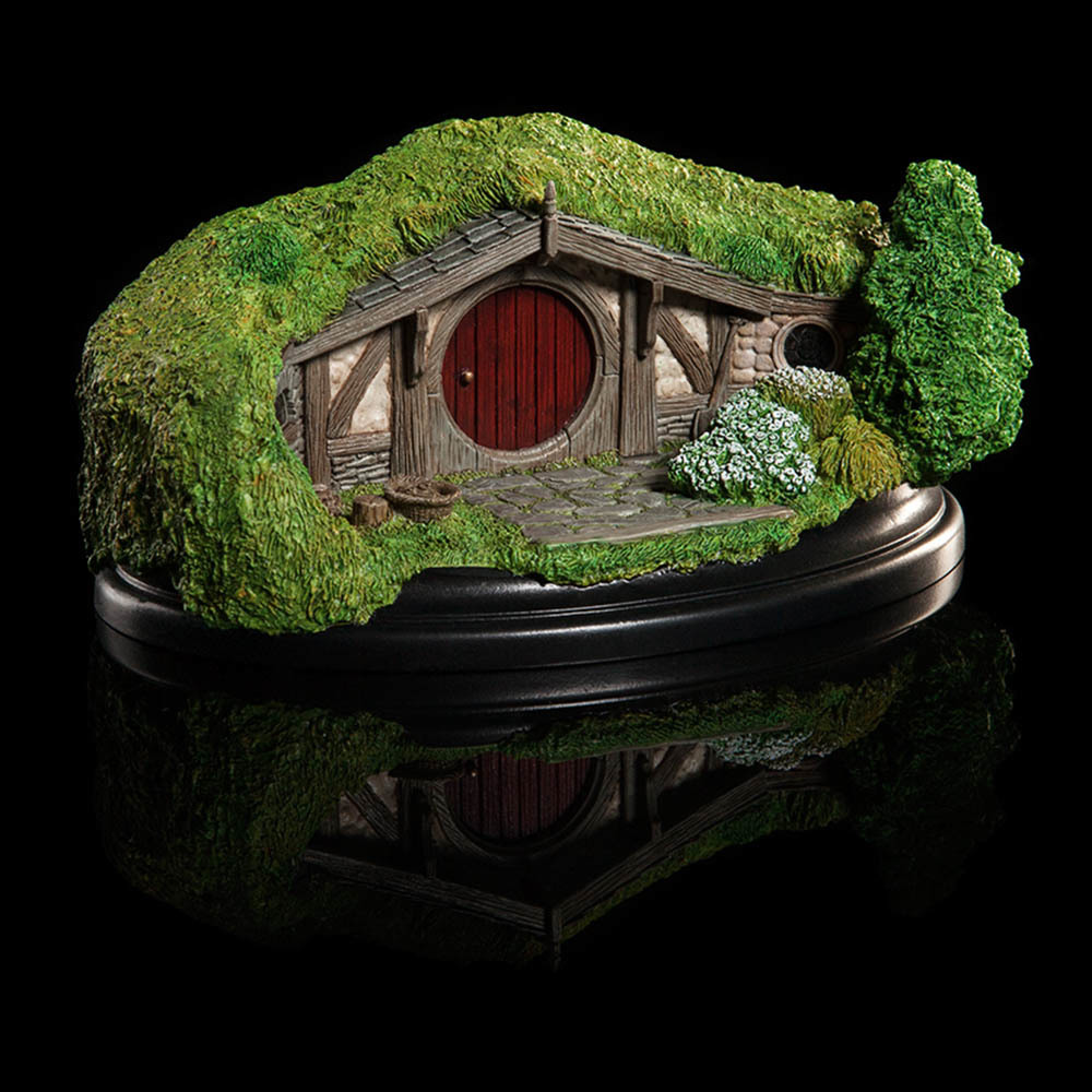 The Hobbit: 40 Bagshot Row - Hobbit Hole Statue image