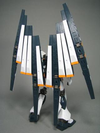 HGUC 1/144 RX-93 Nu Gundam - Model kit image