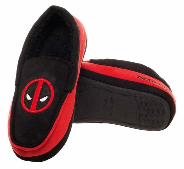 Marvel: Deadpool - Moccasin Slippers (Large)