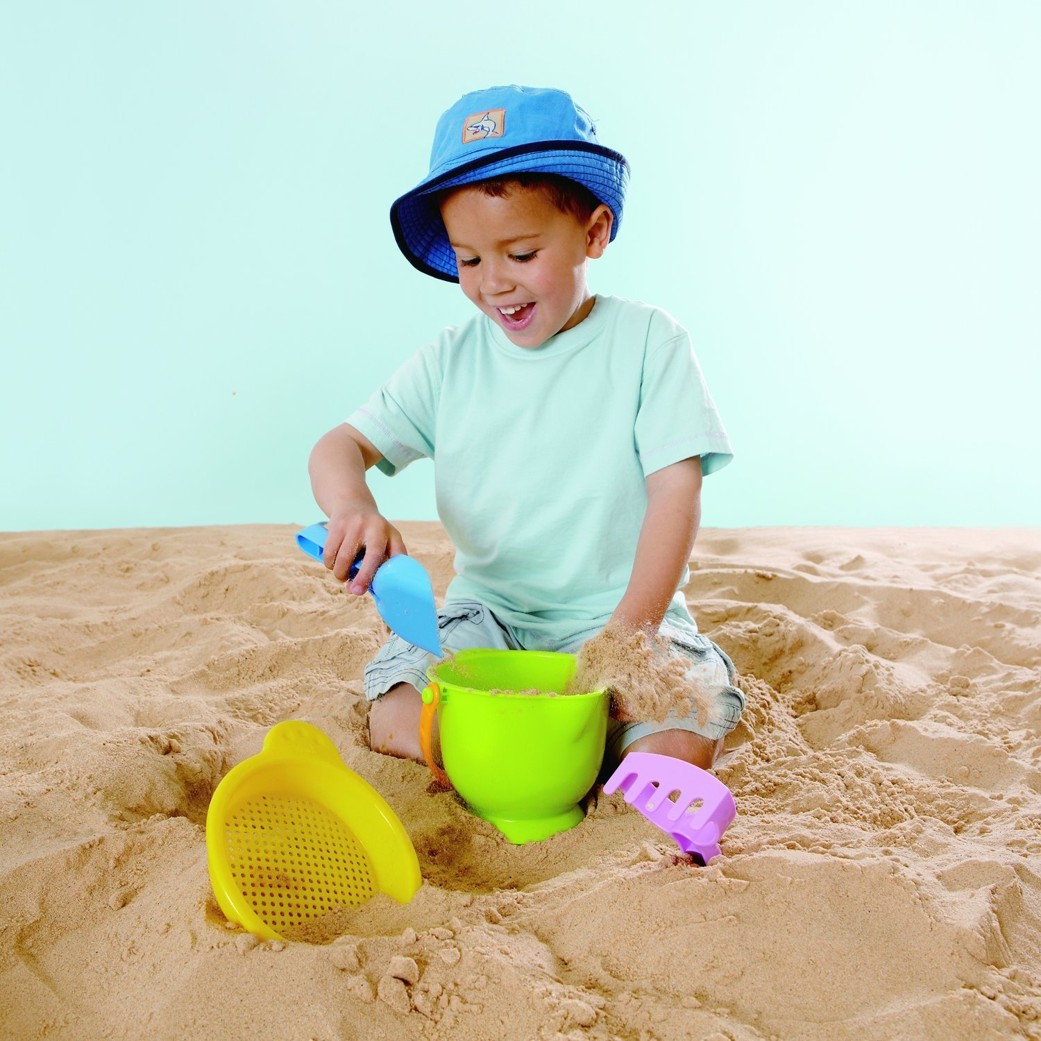 Hape: Beach Basics - Assorted Colours image