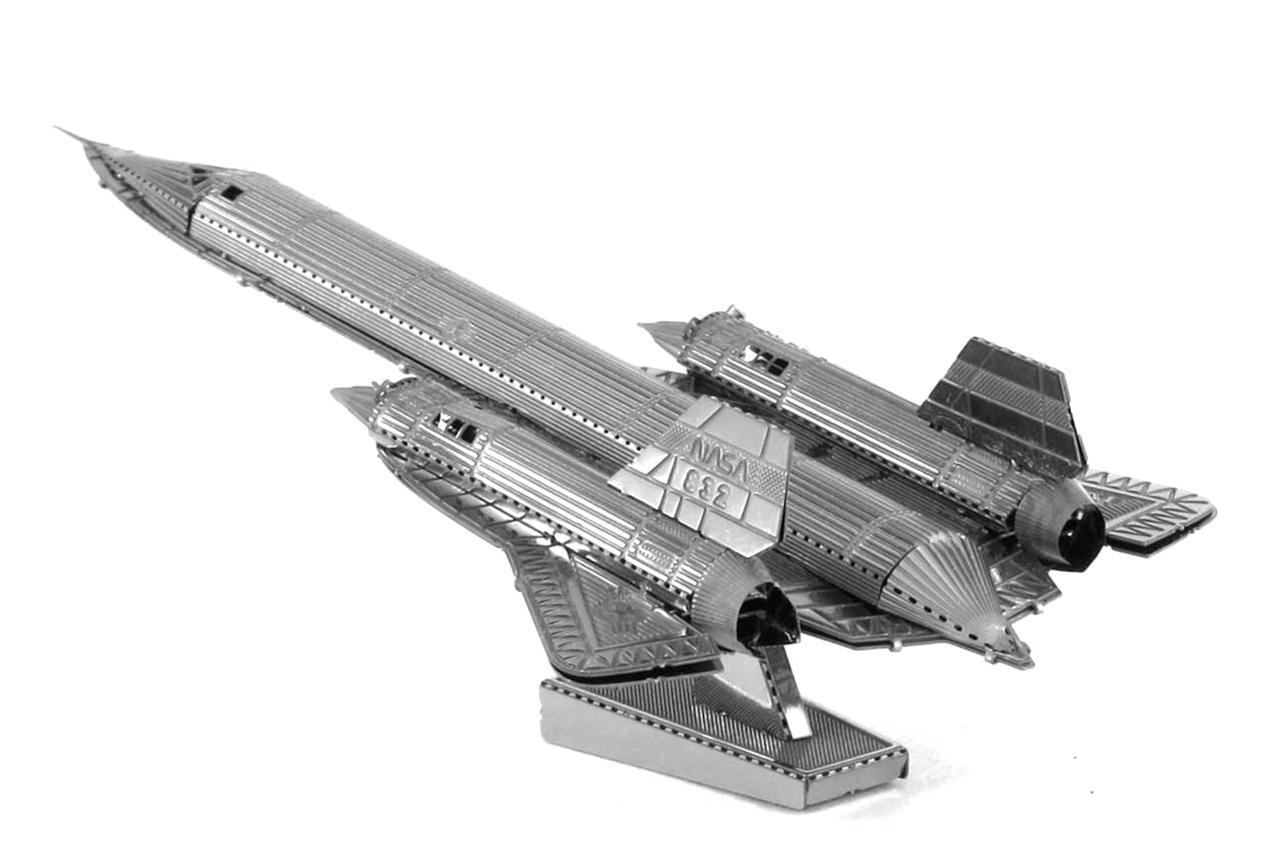 Metal Earth: SR:71 Blackbird - Model Kit image