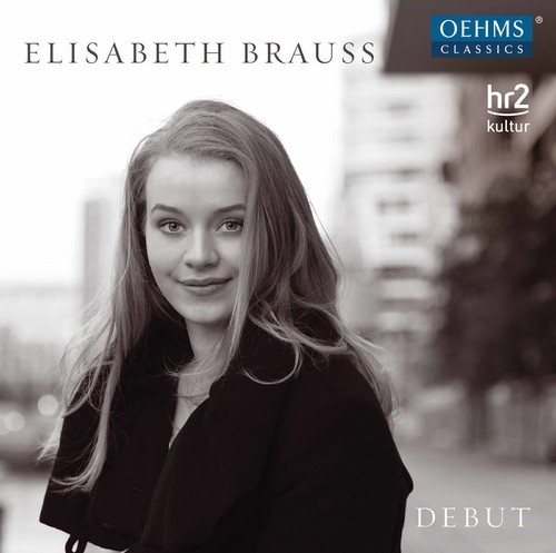 Debut by Elisabeth Brauss