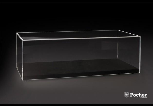 Pocher 1/8 Lamborghini Aventador Display Case