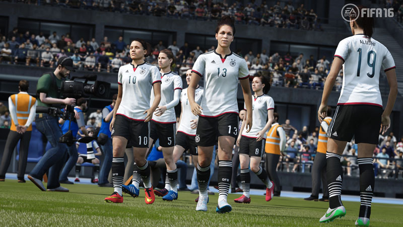 FIFA 16 for PS4 image