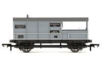 Hornby: AA15 20T 'Toad' Goods Brake Van, British Railways