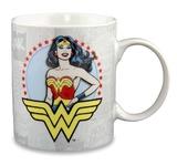 DC Comics: Wonder Woman - Coffee Mug