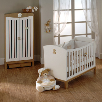 Buy Kaloo White Amp Oak Cot At Mighty Ape Nz