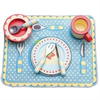 Le Toy Van: Dinner Play Set