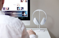 Bluelounge Posto Headphone Stand - White image
