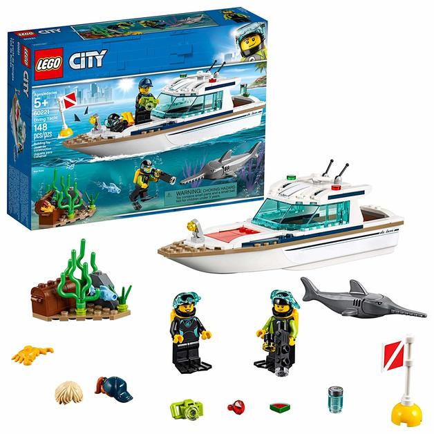 LEGO City: Diving Yacht (60221)