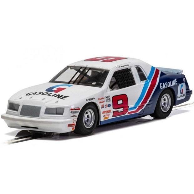 Scalextric: C4035 Ford Thunderbird