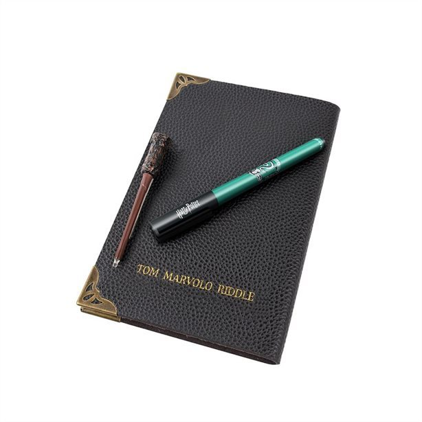 Harry Potter: Tom Riddle's Diary Notebook & Wand Pen