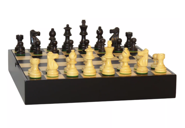World Wise: French Black - Chess Set