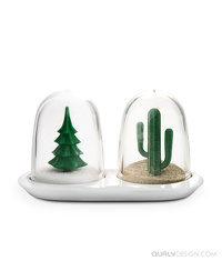 Qualy Winter And Summer Salt And Pepper Shakers