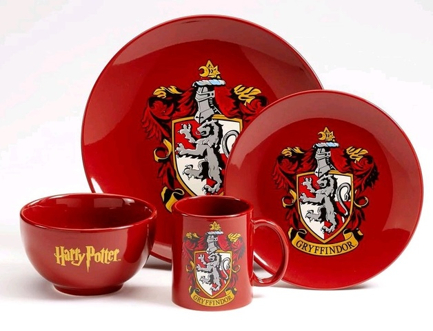 Harry Potter: Gryffindor - 4 Piece Dinner Set