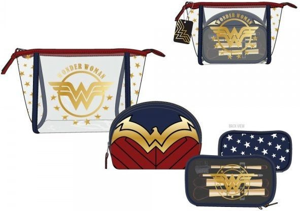 Wonder Woman Junior Cosmetic 3 Piece Set