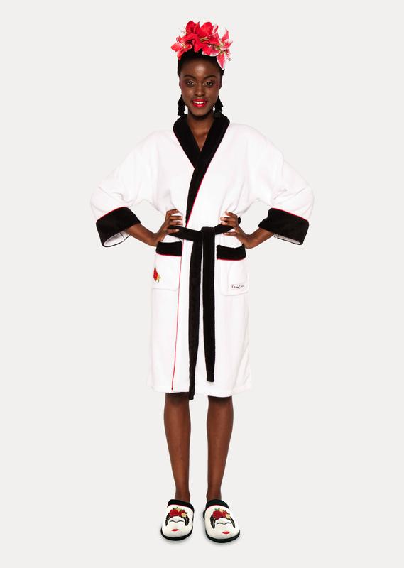 Frida Kahlo: Hoodless Fleece Bathrobe - Black & White Minimalist Ladies (One Size)