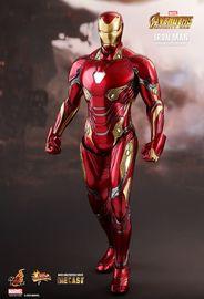 Avengers: Infinity War - Iron Man - 1:6 Scale Diecast Figure image