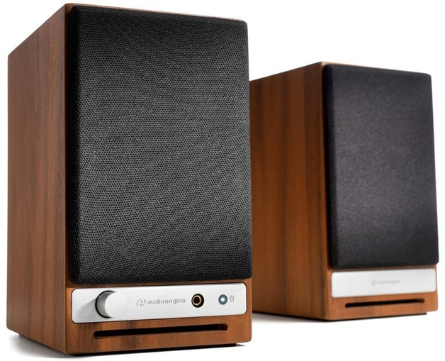 Audioengine: HD3 Powered Desktop Speakers (Pair) - Walnut