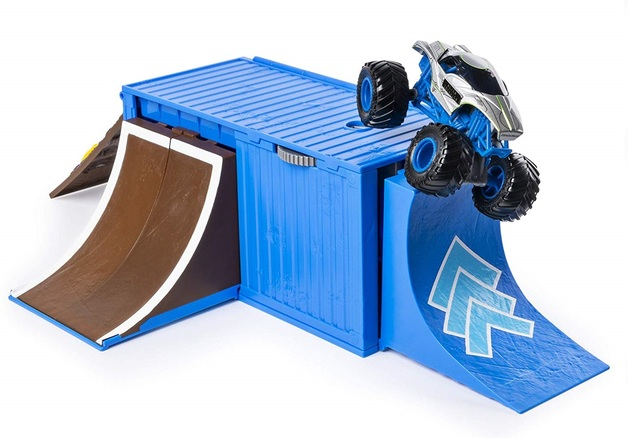Monster Jam: 1:64 Scale Playset - Ship It & Flip It