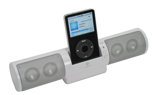 LOGITECH mm32 Portable Speaker for iPod - White image