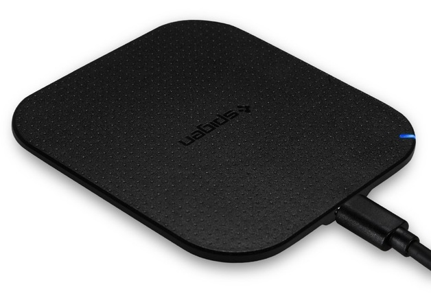 Spigen Essential 5W Qi Wireless Charging Pad - Black